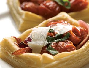 Roasted tomato pastries