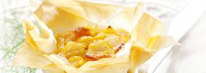 Phyllo fish bobotie parcels large